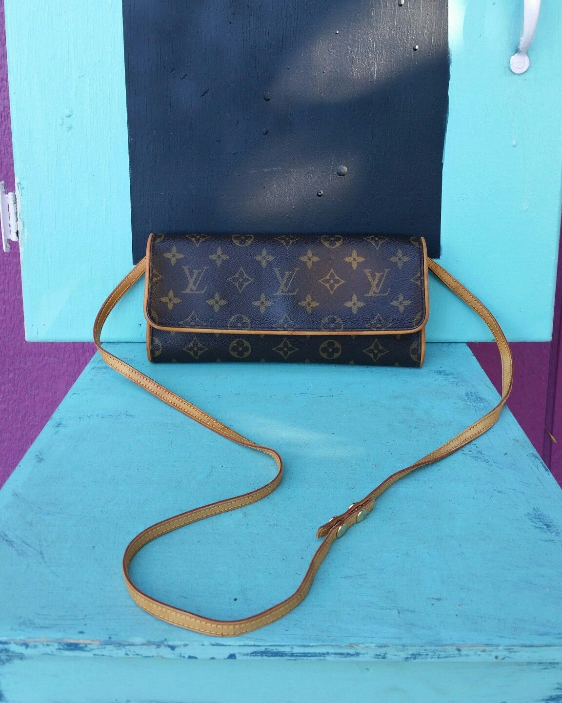 e63345c0ba0a Preloved authentic Louis Vuitton Pochette clutch crossbody bag limited  edition issued for LV SA only.