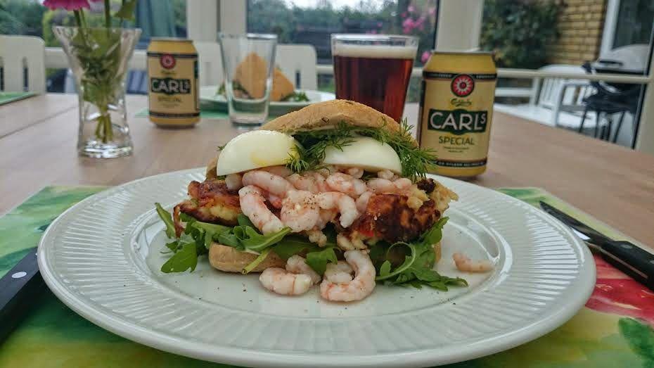 Foto: Sara B. Hansen. D isse lækre sandwich med alt godt fra havet blev jeg faktisk inspireret ...