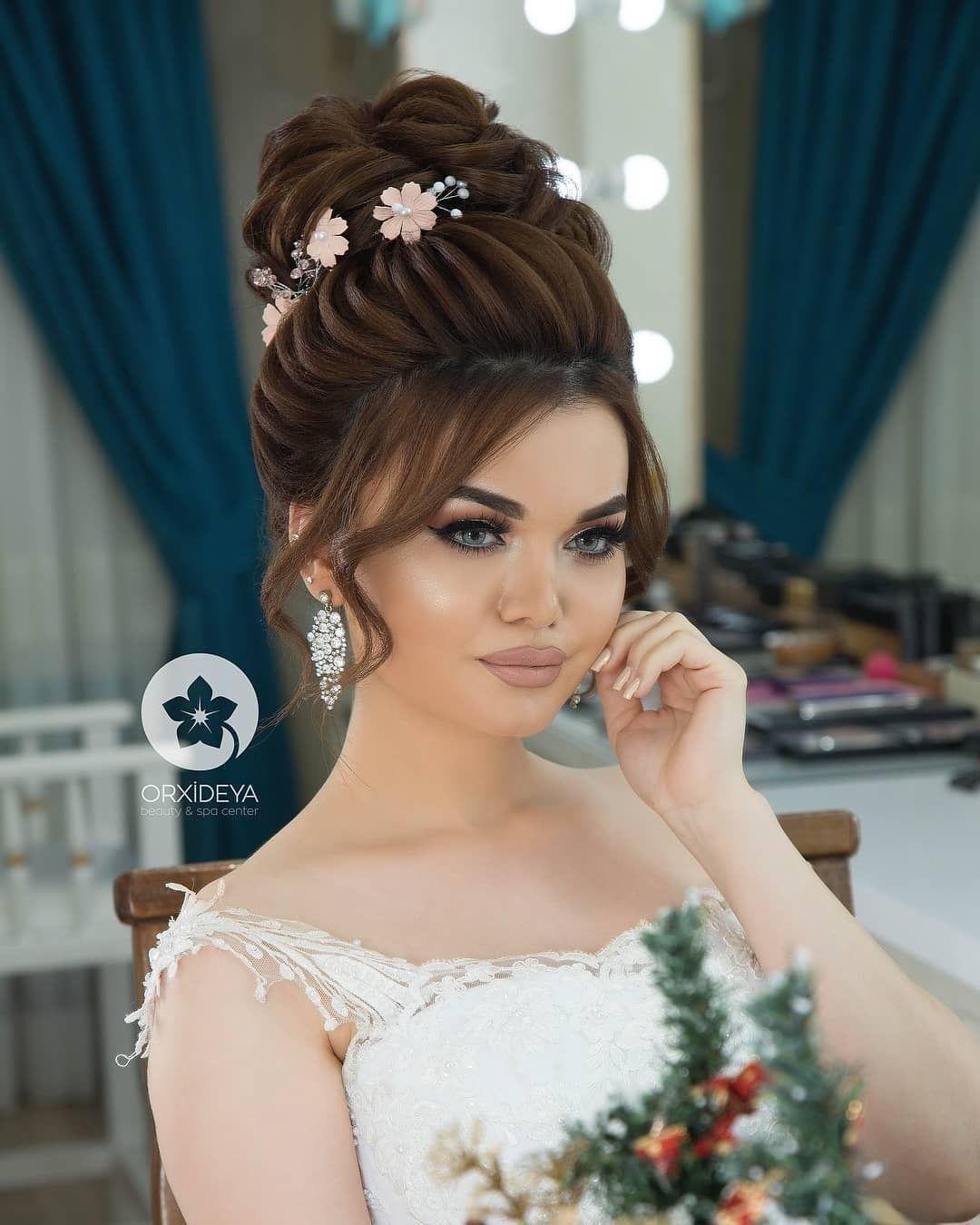 Anush Beknazaryan Adli Kullanicinin Make Up Panosundaki Pin Uzun Sac Dugun Saci Gelin Sac Modelleri