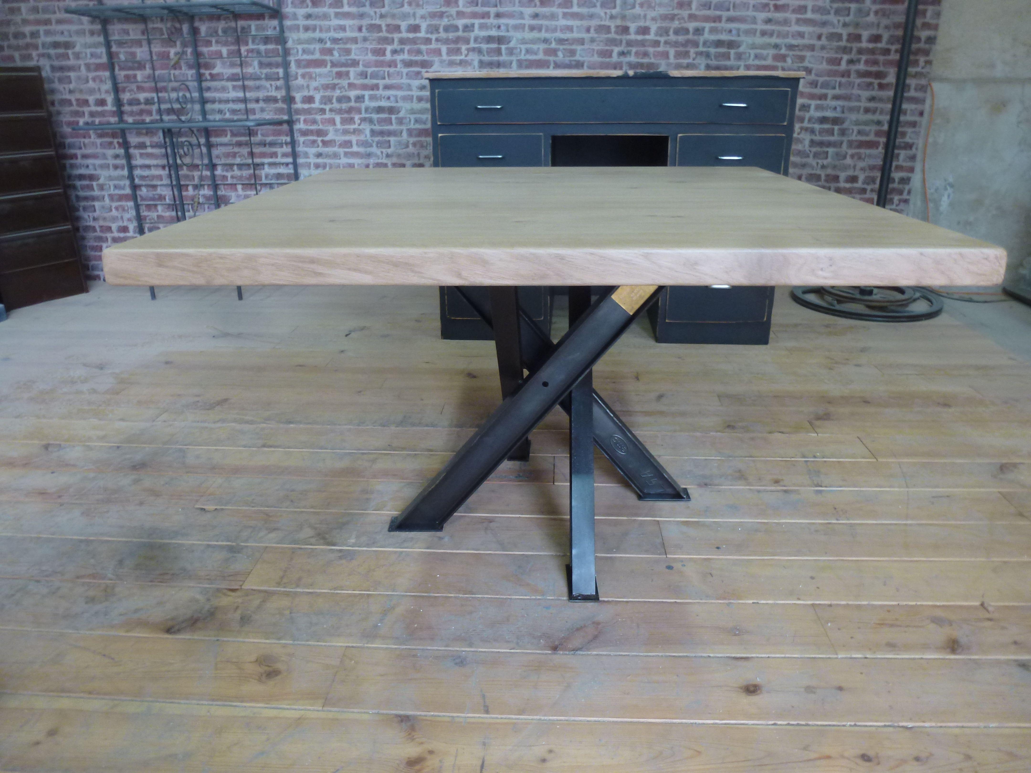 Table Industrielle Table Industrielle Table Salle A Manger Table Metal Bois