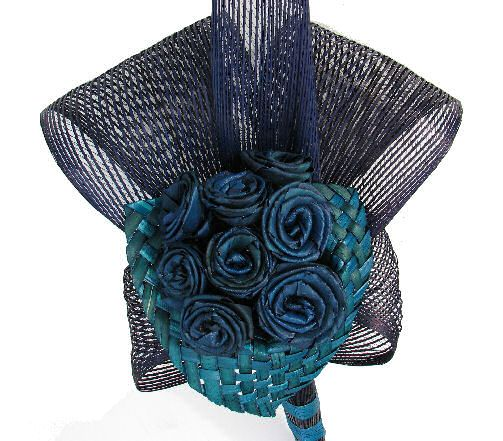 Wedding Gifts Nz: Rose And Lily Flax Flower Bouquet 20032 [20032]