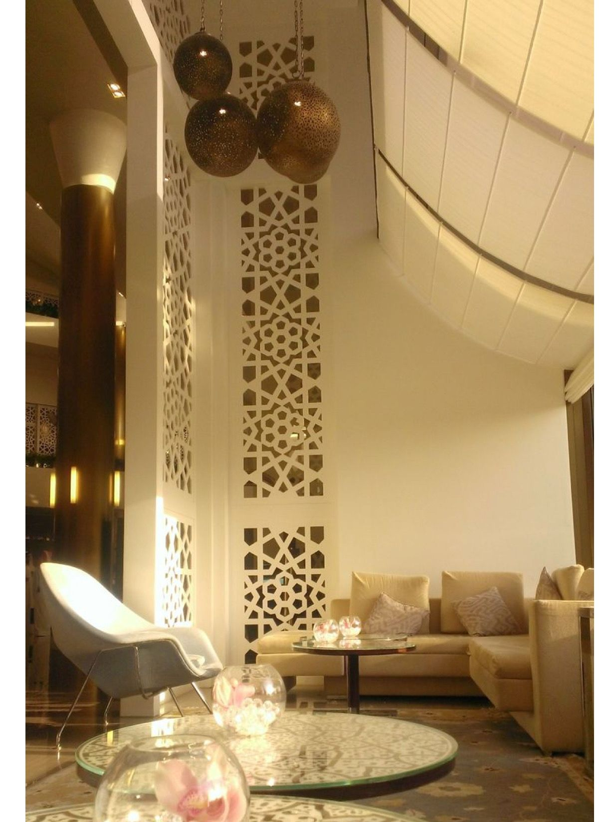 pin by faye marshall on middle east in 2019 modern hotel lobby rh in pinterest com