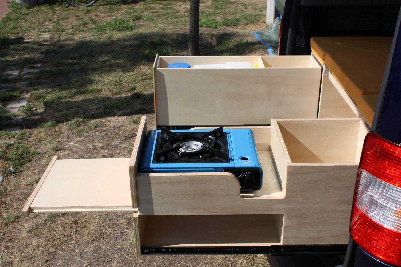am nager votre v hicule avec le mod le evasion vous permettra de transporter le confor. Black Bedroom Furniture Sets. Home Design Ideas