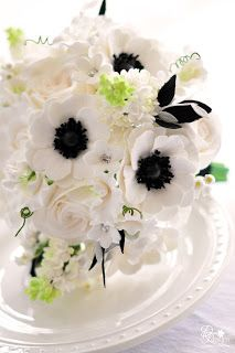Dk Designs White And Black Bouquet For A Southern Wedding In 2020 White Peonies Bouquet Black Bouquet Anemone Bouquet Wedding