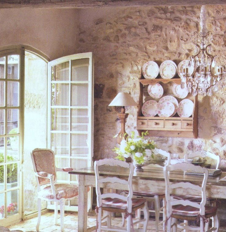 Arredare in stile provenzale | Cottage style, Brocante and Dining