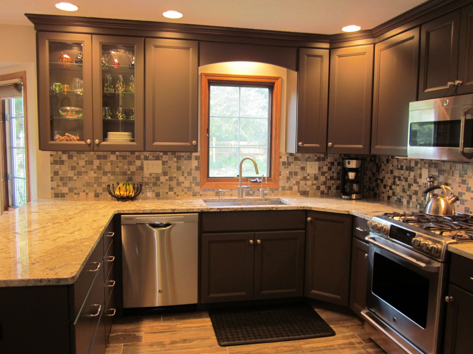 Cabinets Near Peninsula Google Search Kitchen Cabinet Inspiration Wood Valance Diy Kitchen Cabinets