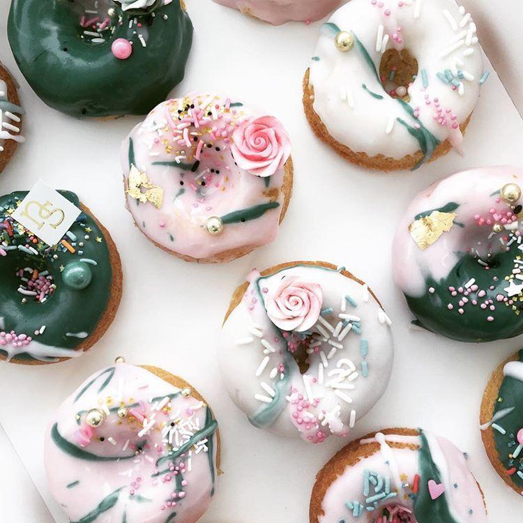 caroline khoo   nectar & stone Green White Donuts ... - photo#21