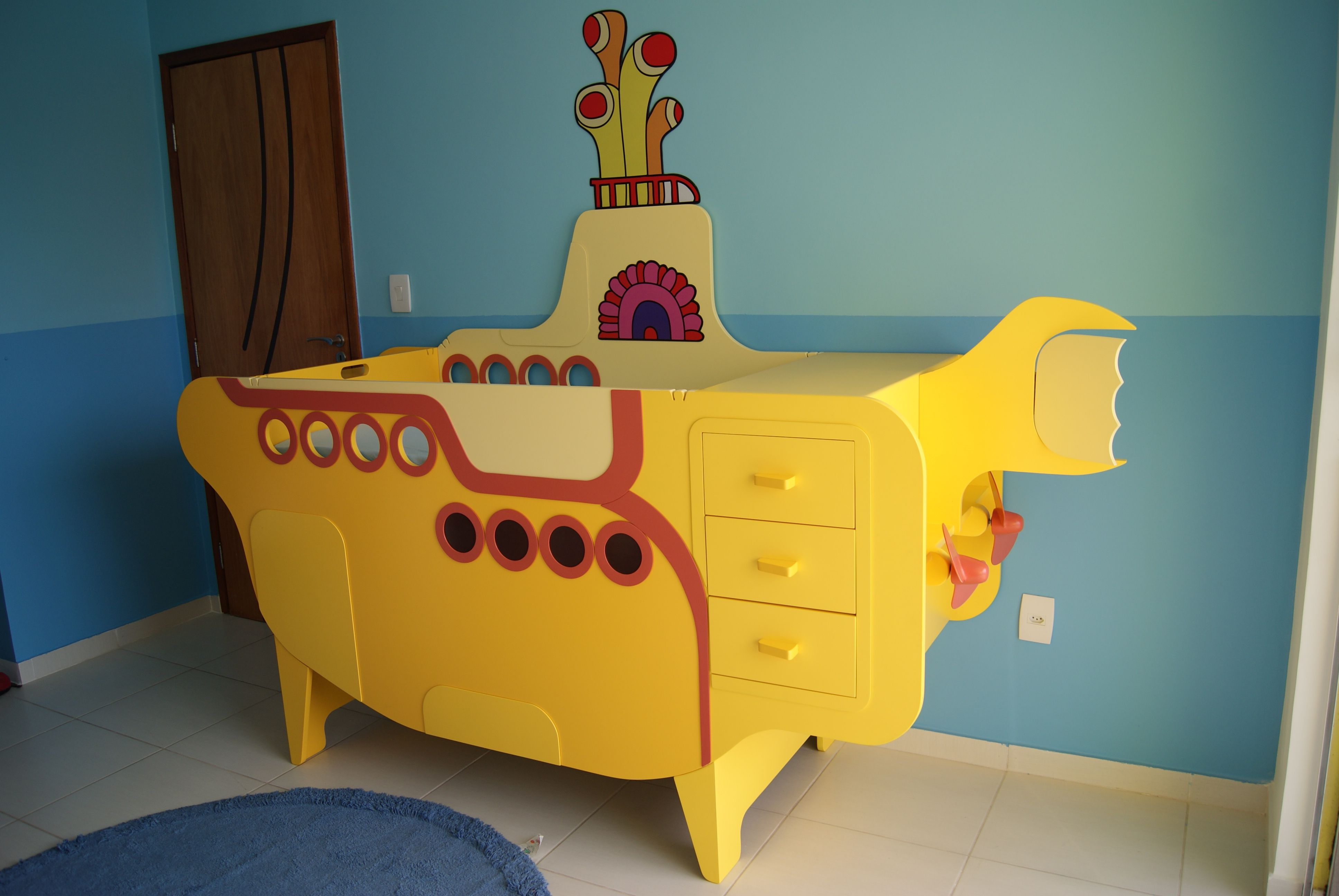 Baby crib yellow - Beatles Fans Might Find This Interesting A Yellow Submarine Crib I Built For A Happy