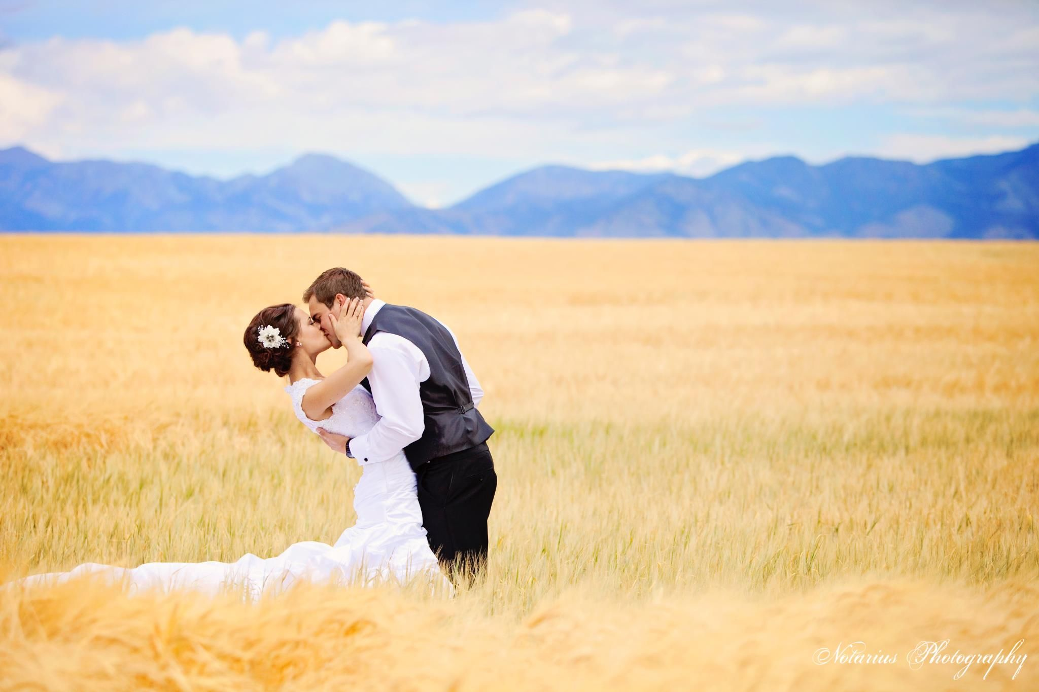 Wedding Photography: Love this picture. WOW.