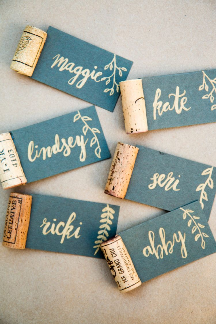 Diy wine cork calligraphy name place cards thanksgiving