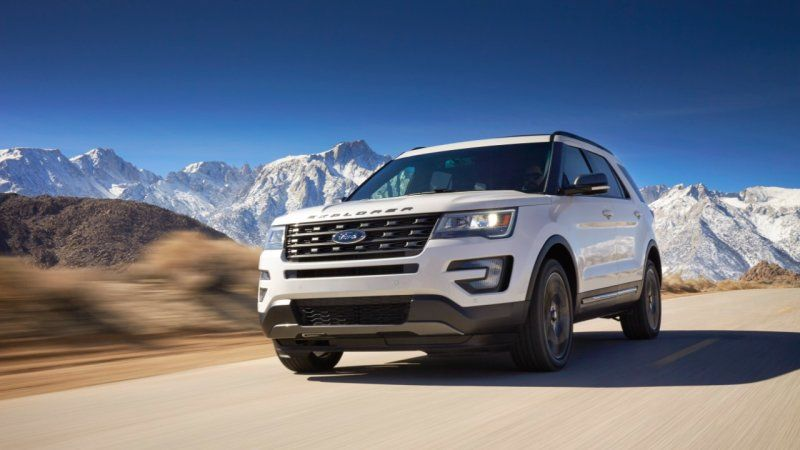 Ford Explorer Engulfed In Exhaust Fume Probe Ford Explorer Ford Explorer Xlt Ford Explorer Sport