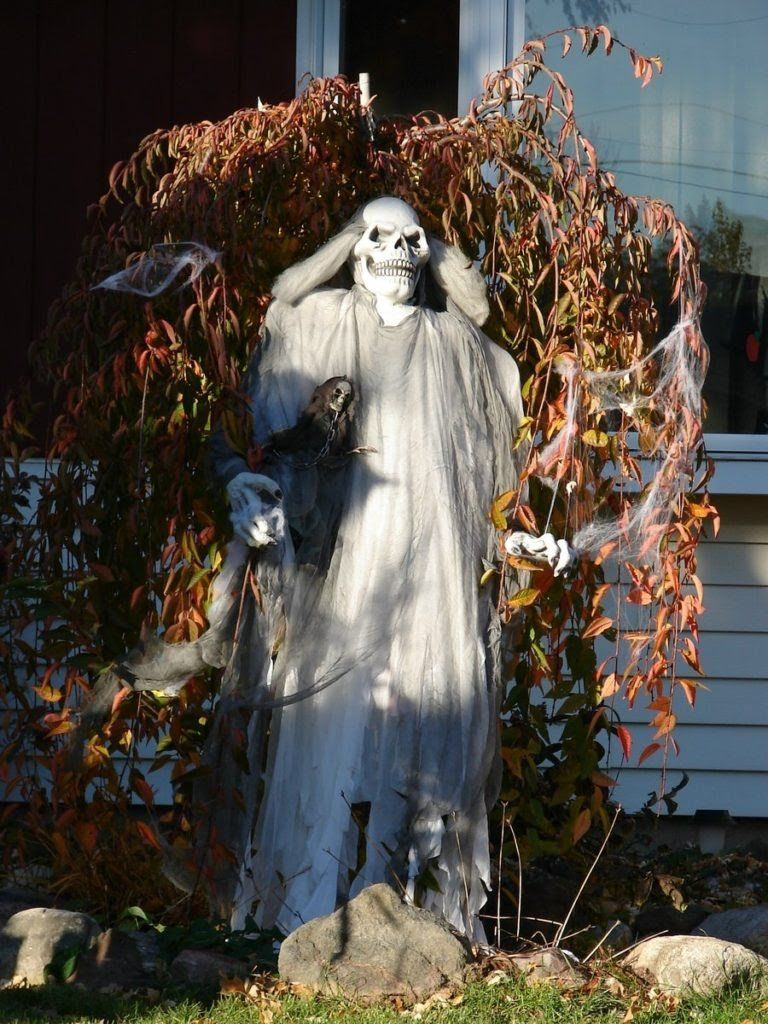 halloween decorations scary skull ghost Backyard parties - Halloween Yard Decorations