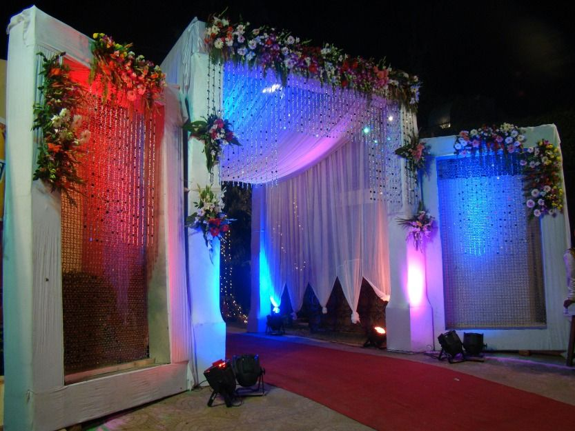 Unique wedding reception decoration ideas wedding light - Stage decoration interieur ...