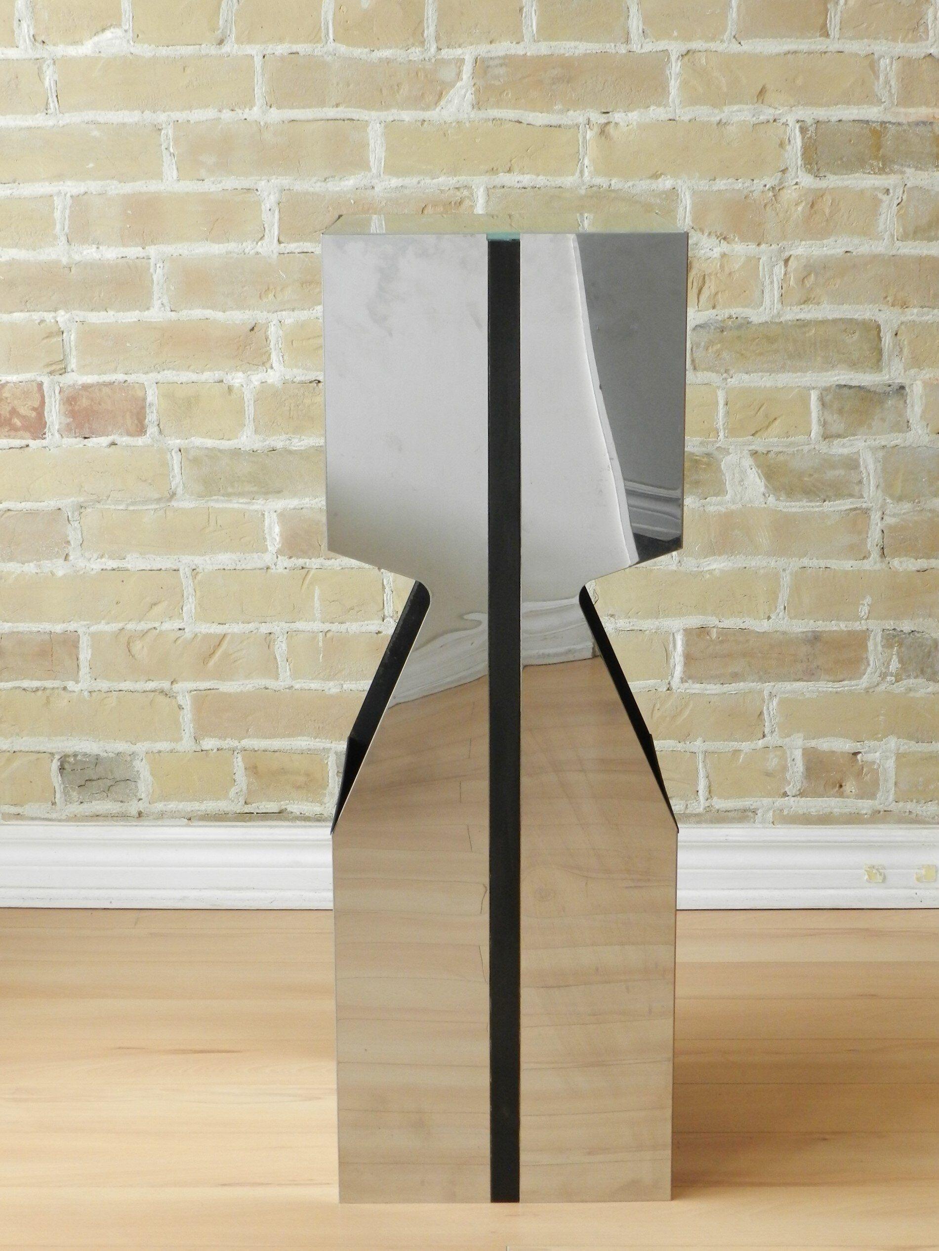 Neal Small Illuminated Pedestal