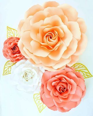 How to Hang Paper Flowers: 8 Easy Ways to Hang Paper Flowers #easypaperflowers How to Hang Paper Flowers: 8 Easy Ways to Hang Paper Flowers #largepaperflowers