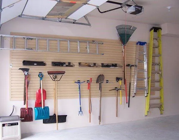 Amenagement Garage Recherche Google In 2020 Lamellenwand