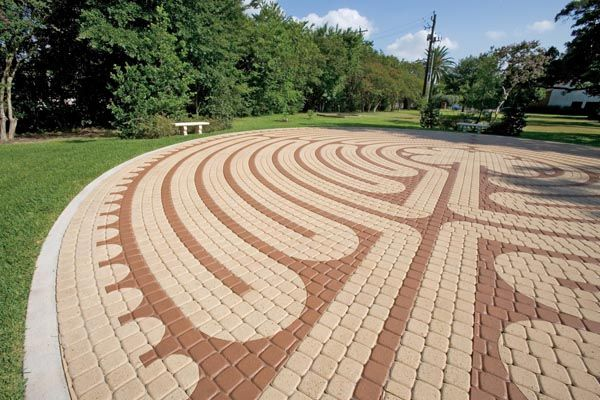 17 best images about pathswalkways on pinterest gardens pavers over concrete and concrete pavers paver - Paver Design Ideas