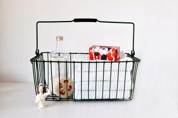 .cute old basket.