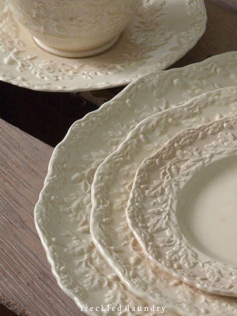 Floral Accents On Dinnerware Antique Dishes White Dishes Dinnerware