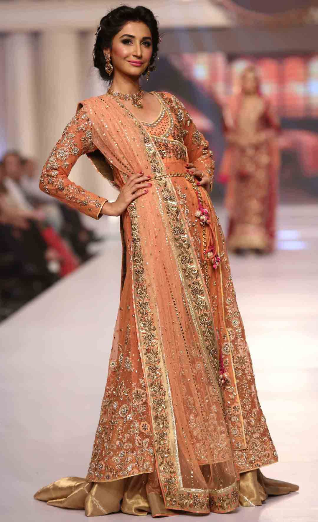 Bridal Maxi Dresses For Weddings Pakistani And Trend 2016-2017