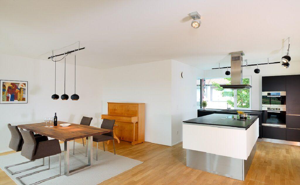 Esszimmer Ideen mit offener Wohnküche und Kücheninsel ...