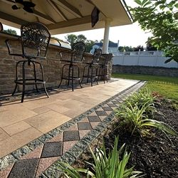 patio border ideas | ann arbor brick patio pavers, accents and ... - Patio Border Ideas