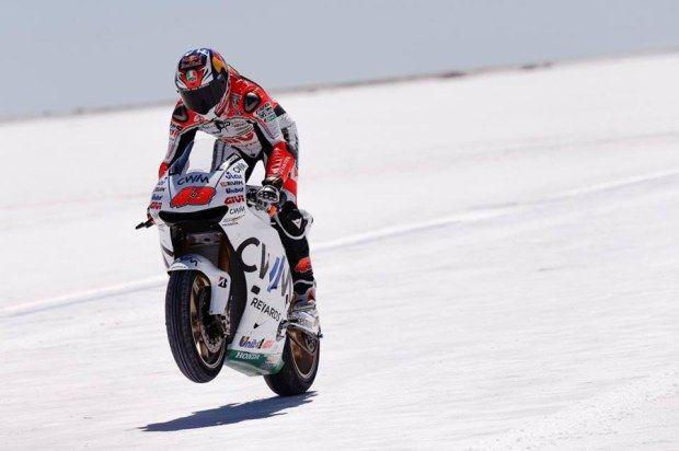 MotoGP: Jack Miller su un lago salato con la Honda RC213V-RS