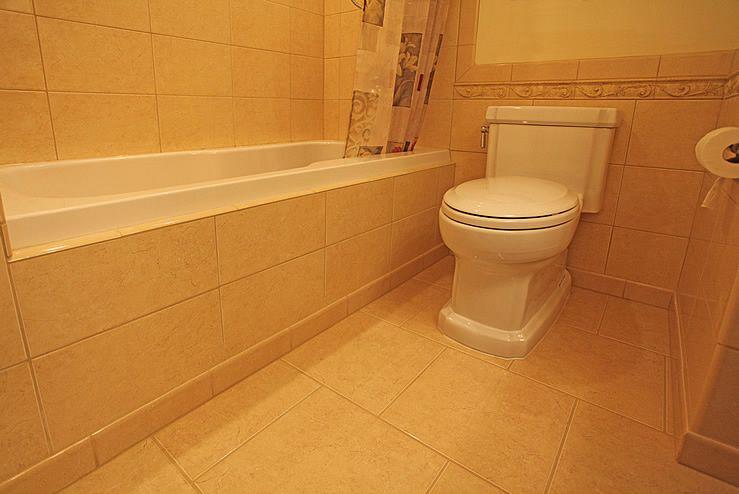 Bullnose Tile As Base Board In The Bathroom Hate Cleaning Bathroom Baseboard Bathroom Tile Designsbath