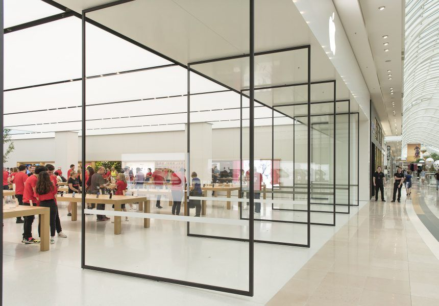 Australia Sees Its First Redesigned Apple Store In Melbourne Photos 9to5mac Apple Store Design Store Architecture Storefront Design