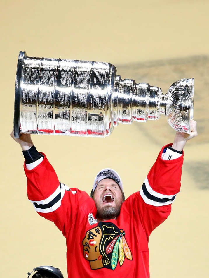 c2b0c98e The Chicago Blackhawks won their third Stanley Cup championship in six  years, topping the Tampa Bay Lightning 2-0 in game 6 at the United Center  in the ...