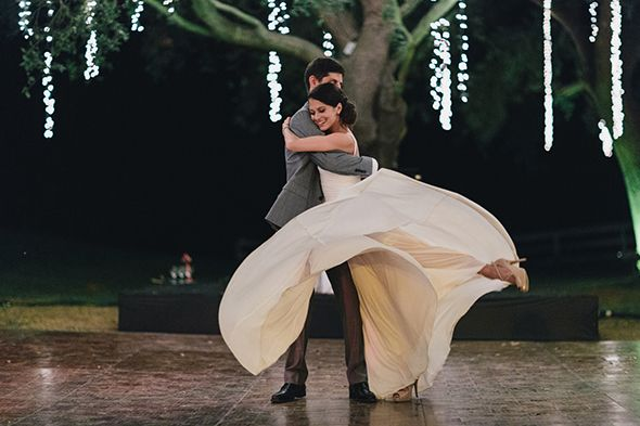 The couple danced their night away! // Photo By: http://niravpatelphotography.com