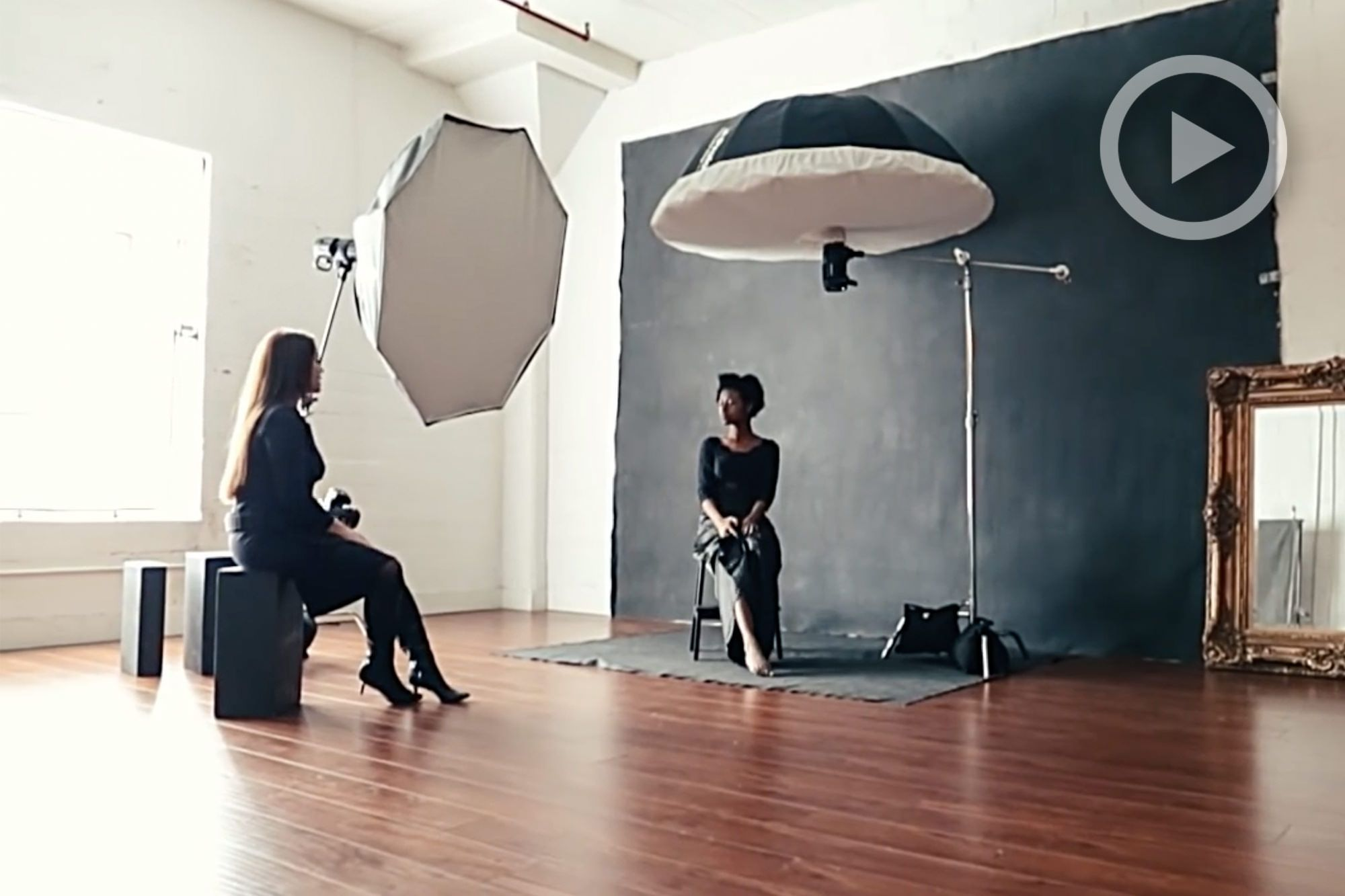 See How Sue Bryce Recreates Her Natural Light Style Using