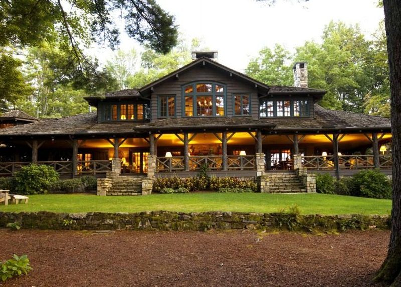 N C Lake House Combines Southern Charm Adirondack Style Curbed Lake Houses Exterior House Designs Exterior Lake House