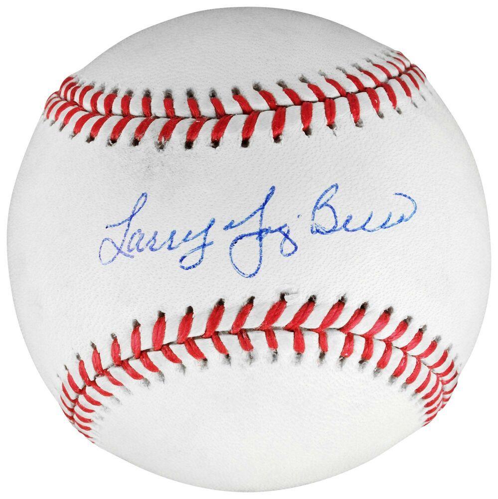 Yogi Berra Ny Yankees Signed Baseball W Larry Yogi Berra Insc Psa Dna Certified With Images New York Yankees Yogi Berra Yankees