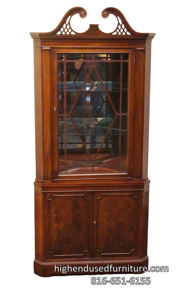 Superior Antique Mahogany Duncan Phyfe Pediment Top Lighted Corner China / Curio  Cabinet #DuncanPhyfe #Unknown