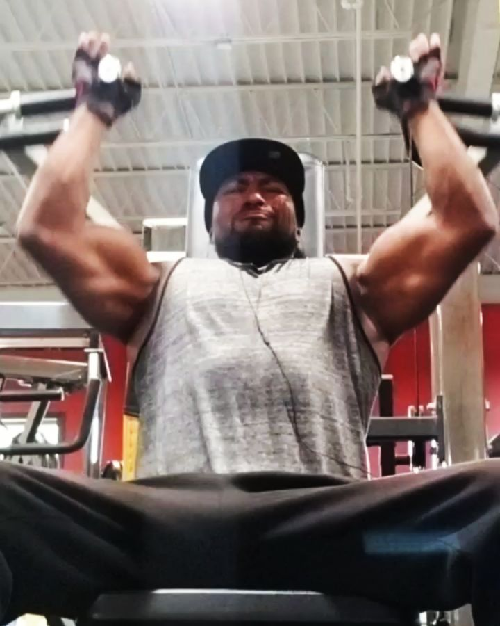 Miracle Man Monday..Can U Dig It..Just Making It Happen..I Love This S#!+.. #weightlifting #ex...