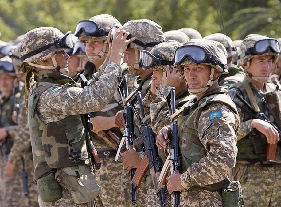 Kazakhstan Kazakh army ranks combat field military dress uniforms grades uniformes armee Kazakh   Kazakstan kazakh army ranks combat u…   Army ranks, Army, Military