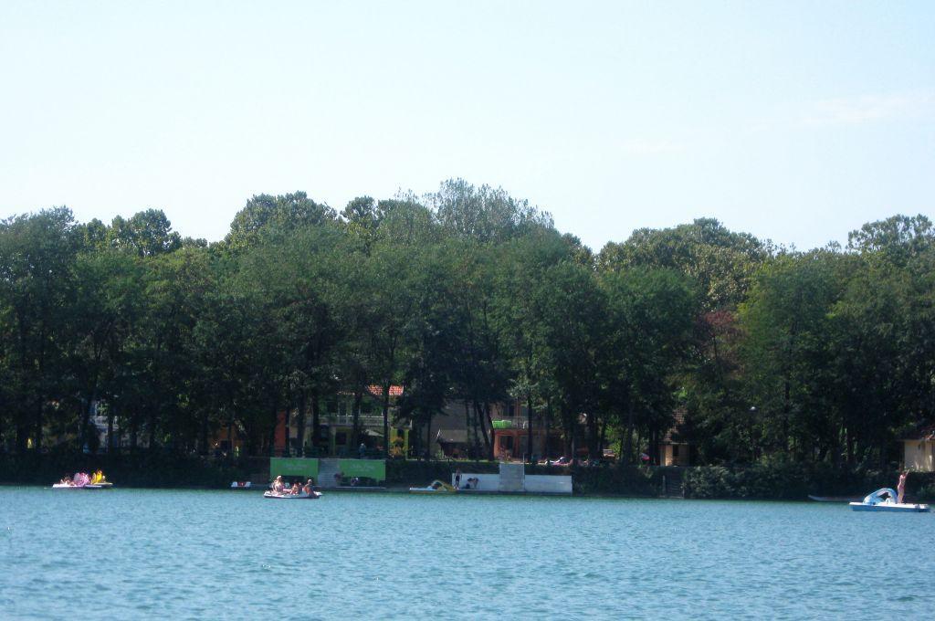 Glavno jezero u Beloj Crkvi, Srbija - Main lake in White Church, Place in Serbiahttp://fliiby.com/file/3zqjjott6wr/?utm_content=buffer1d51e&utm_medium=social&utm_source=pinterest.com&utm_campaign=buffer