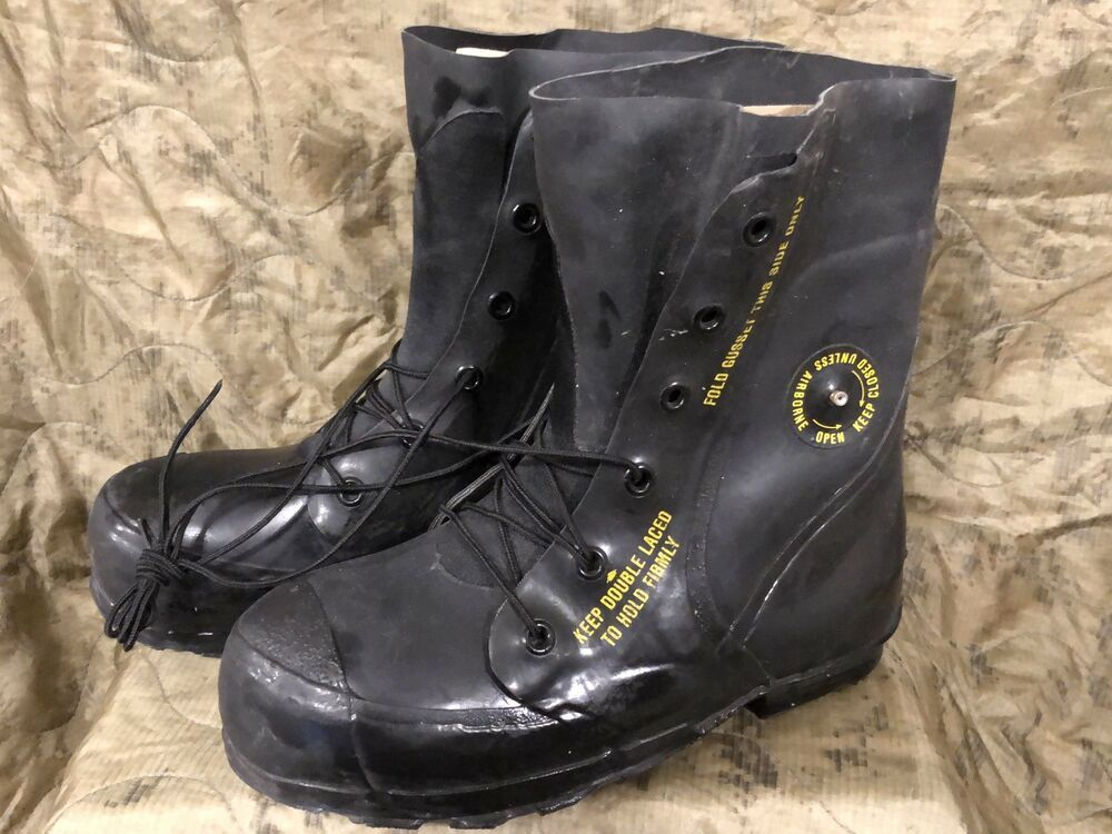 1570203f148 NEW Mickey Mouse Boots 10R Extreme Cold Weather Military Issue ...