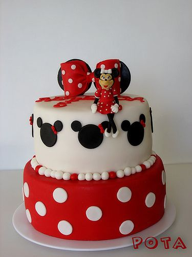Minnie Mouse Birthday Cake Hahah Reminds Me Of At Jackie White