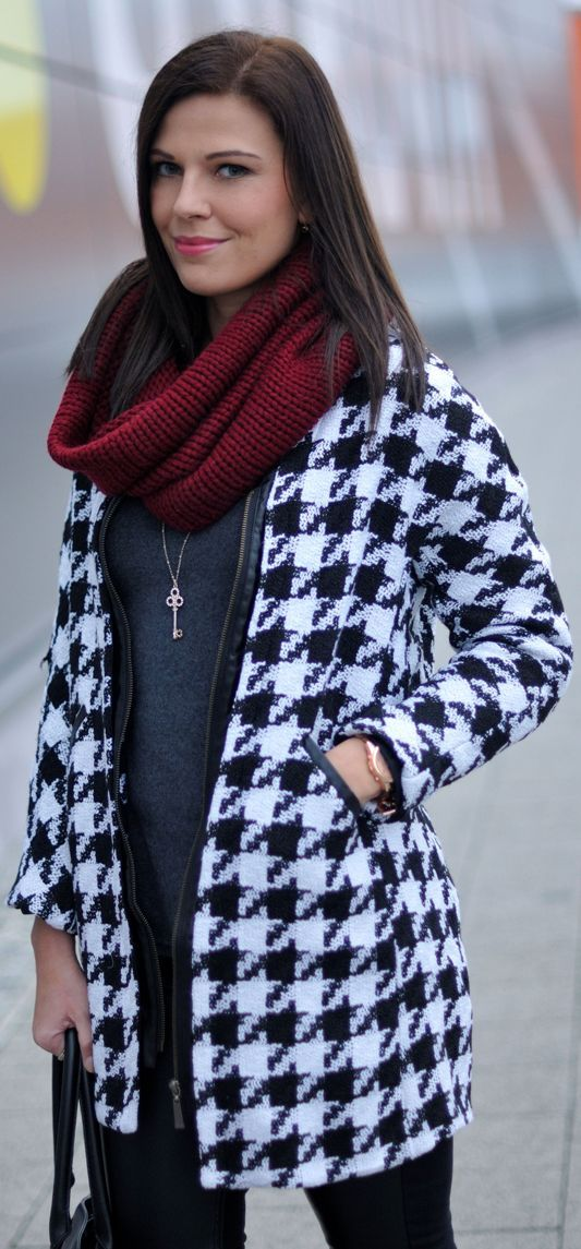 #Houndstooth #Coat by Addicted To Fashion Blog