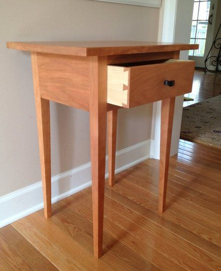Check out our free woodworking plans page for this Shaker dining table ...