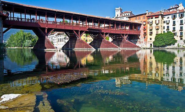 Bassano del Grappa (Italia) Ponte degli Alpini (Brenta)