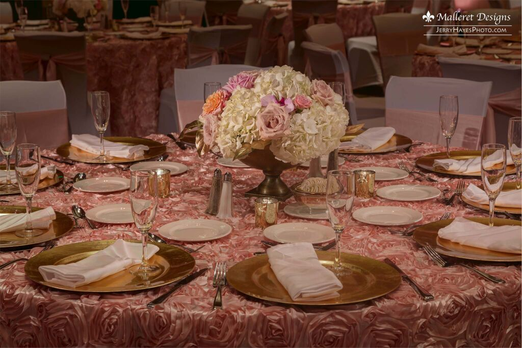 Beautiful indian fusion wedding in austin tx planner the austin tx weddings events floral design l malleret designs malvernweather Image collections