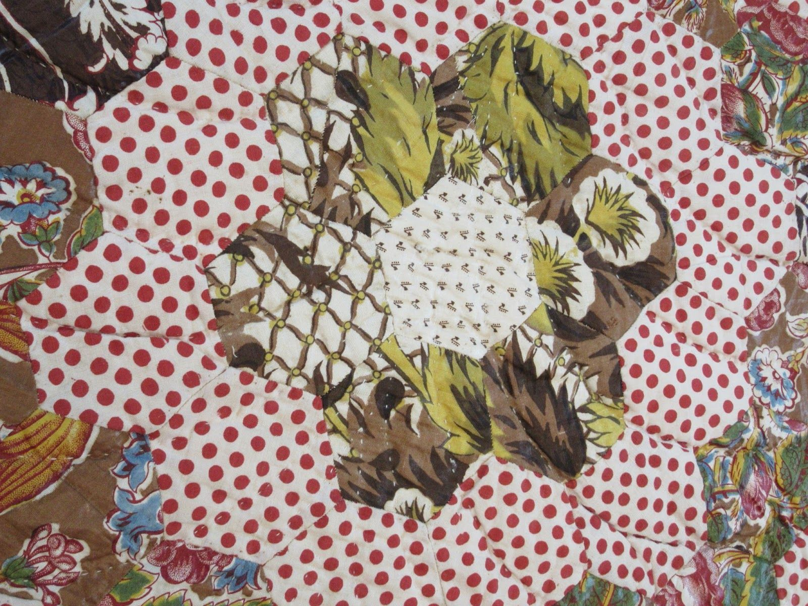Drab style coloring from quercitron. Shelburne quilt from Busy Thimble.