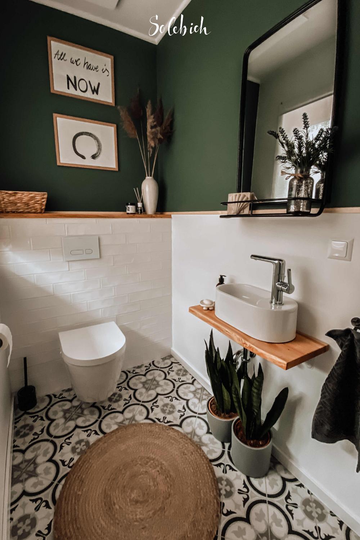 Die Schonsten Badezimmer Ideen Foto Holzhausliebe Solebich Badezimmer Toilette Weiss Grun Dunkelgrun In 2020 Schone Badezimmer Wohnung Gestalten Wohnen Und Leben