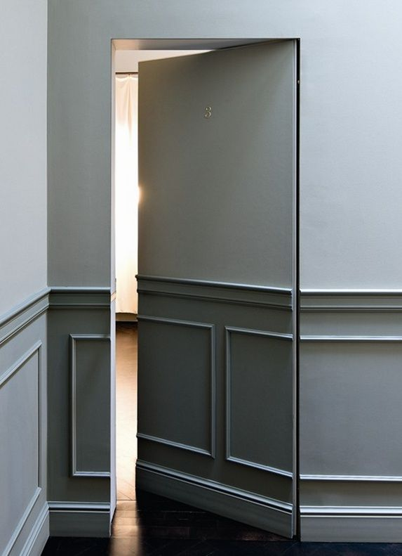soubassement huisseries grises porte cach e atmospheres et decors pinterest portes cach es. Black Bedroom Furniture Sets. Home Design Ideas