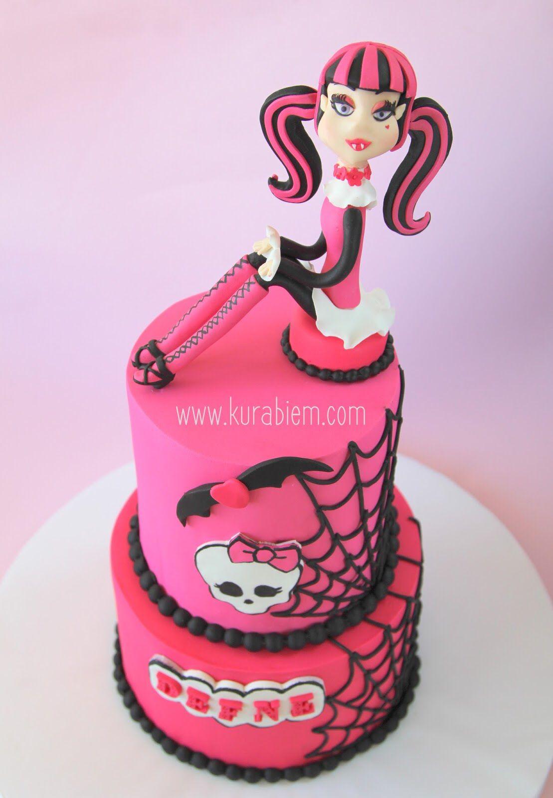 Enjoyable Draculaura Cake Monsterhigh Cake Monsterhigh Pasta Draculaura Funny Birthday Cards Online Hendilapandamsfinfo