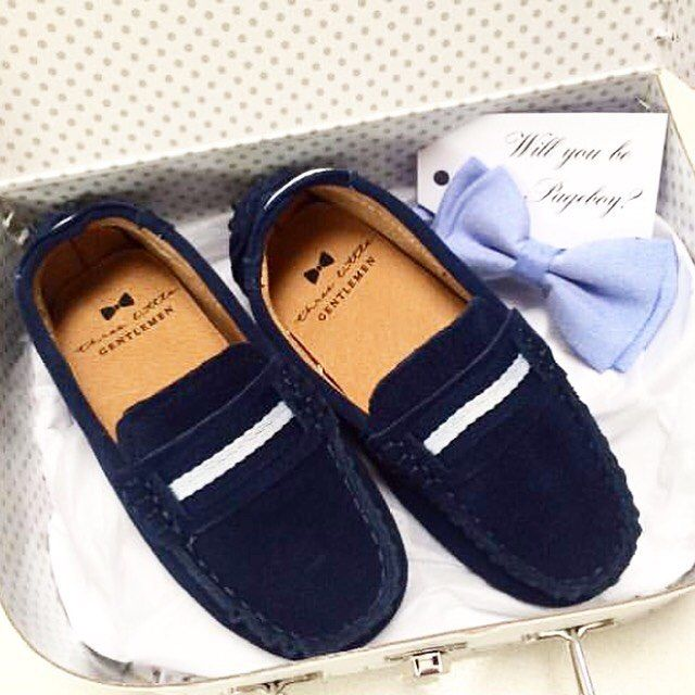 "75 Likes, 2 Comments - Three Little Gentlemen (@threelittlegentlemen_) on Instagram: ""➰ Stylish Loafers and Bow Ties for your little gentlemen ▪️Julian Loafers in Navy and Blue Bow tie…"""