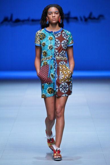 Marianne Fassler @ Mercedes-Benz Cape Town Fashion Week 2014 . #Africanfashion #AfricanWeddings #Africanprints #Ethnicprints #Africanwomen #africanTradition #AfricanArt #AfricanStyle #Kitenge #AfricanBeads #Gele #Kente #Ankara #Nigerianfashion #Ghanaianfashion #Kenyanfashion #Burundifashion #senegalesefashion #Swahilifashion ~DK